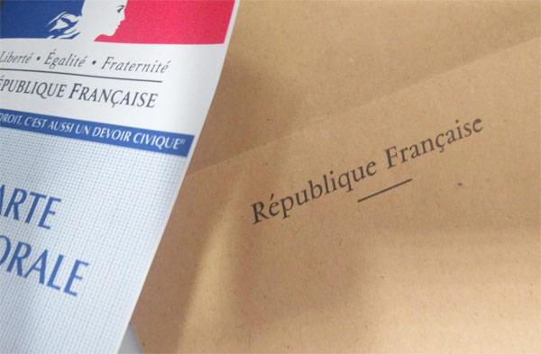 Des mots plutôt durs à l'encontre de Jean-Luc Mélenchon — Stéphane Guillon