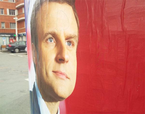 Emmanuel Macron est le gagnant de cette incroyable présidentielle,  surpasse dans les sondages Marine Le Pen.