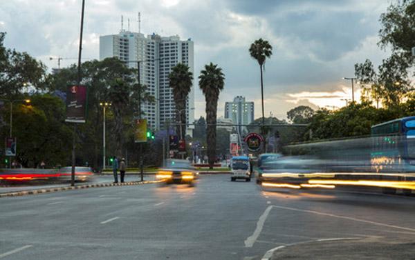 Quelle est la plus chère ville d'Afrique ? Voici dans le classement Nairobi au Kenya, avec un jolie coucher du soleil.