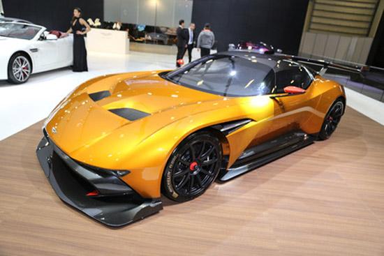 Aston Martin Vulcan exposé à Autoshow Istanbul en 2017