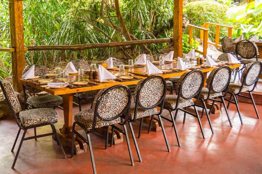 Table Hôtel Kenya