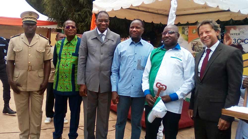 remise-desclef-bouake-ci Jobs Von Kirchman et Mamadou Coulibaly Sangafowa